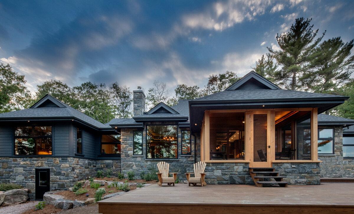 Luxury Custom Home Builder Gilbert Burke