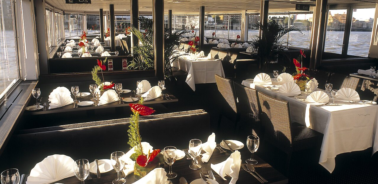 City-Cruises-Dining-Onboard.jpg