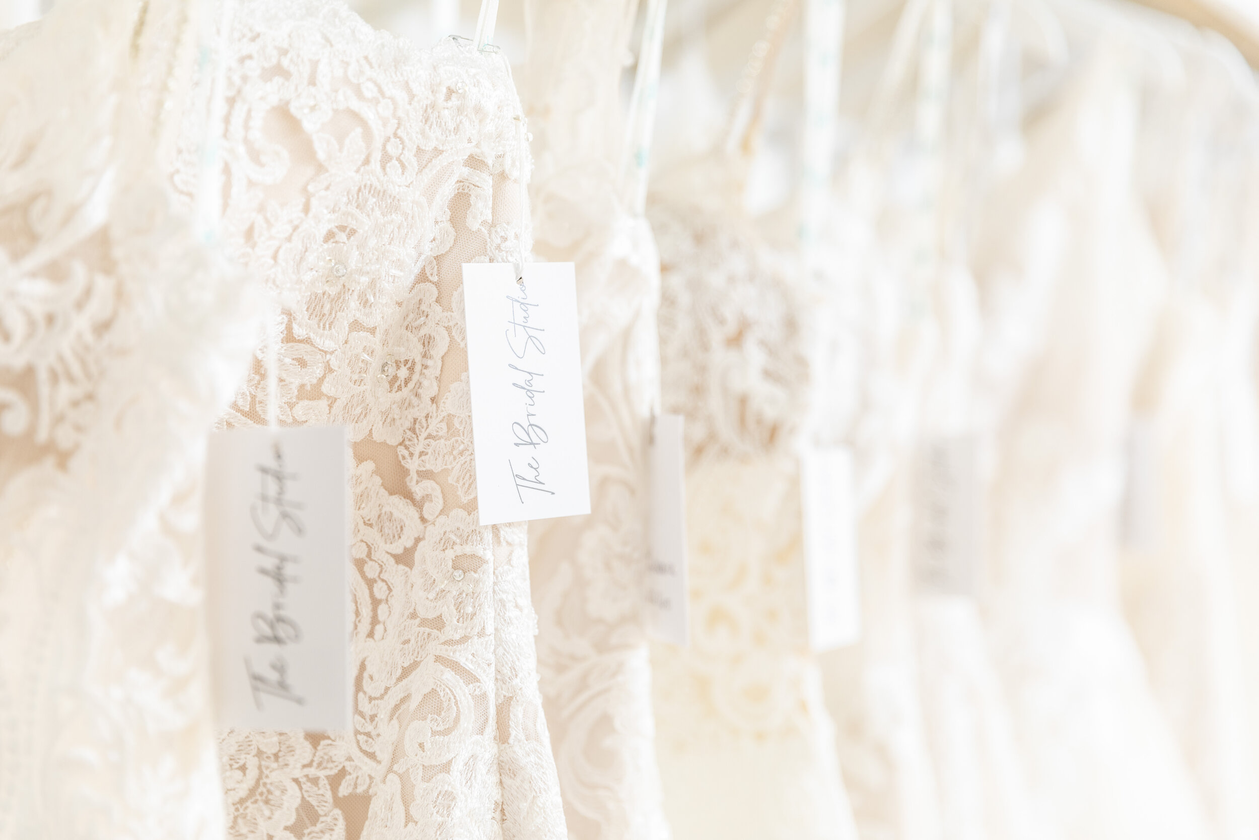 tips and tricks to customize your wedding dress provo utah wedding dress inspiration how to make your wedding dress your own try two in one dress add layers enhance wedding look with accessories make it what you want tailor your dress to fit you #tipstomakeyourgownunique #howtostyleyourweddingdress #jewelry #belts #earrings #unique #bridetipsandtricks #bracelets #necklaces #provoutah #claritylane