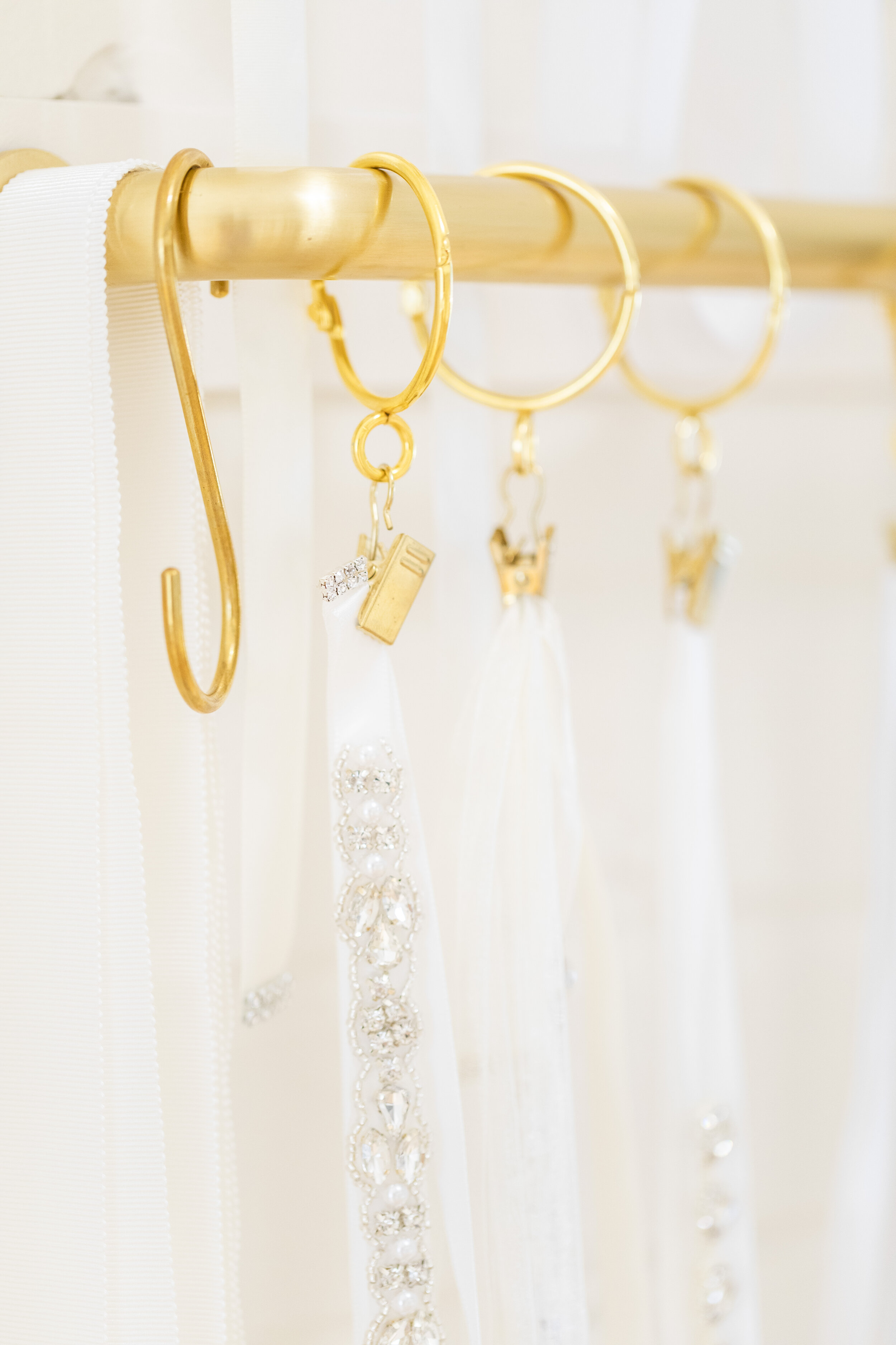 wedding veils top off your look simple or studded with jewels take your wedding dress to the next level one piece can change the whole ensemble unique styling tips for your wedding day provo utah utah brides make it what you want wedding outfit inspo #waystomakeyourgownunique #howtostyleyourweddingdress #jewelry #belts #earrings #unique #bridetipsandtricks #bracelets #necklaces #provoutah #claritylane