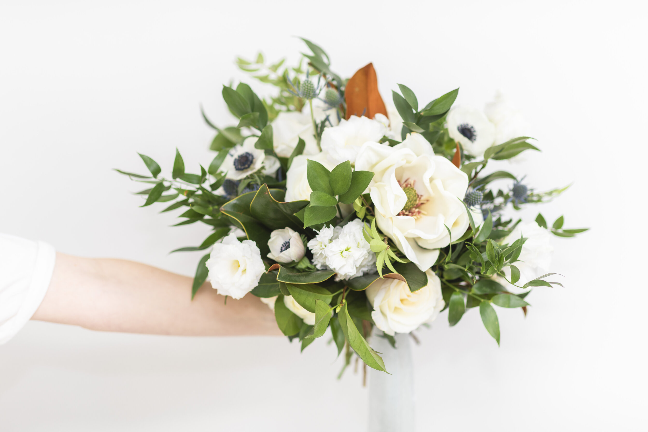 best florist in the utah county special occasions make someones day make someones night just because so someone your care with beautiful flowers by sarah from blushing rose floral sentiments from the heart wedding day flower inspiration anniversary flower beauty of the earth when in doubt flower out #floristtips #tipsandtricks #vendorspotlight #blushingrosefloral #florist #utahcounty #wedding #inspiration #help #flowers