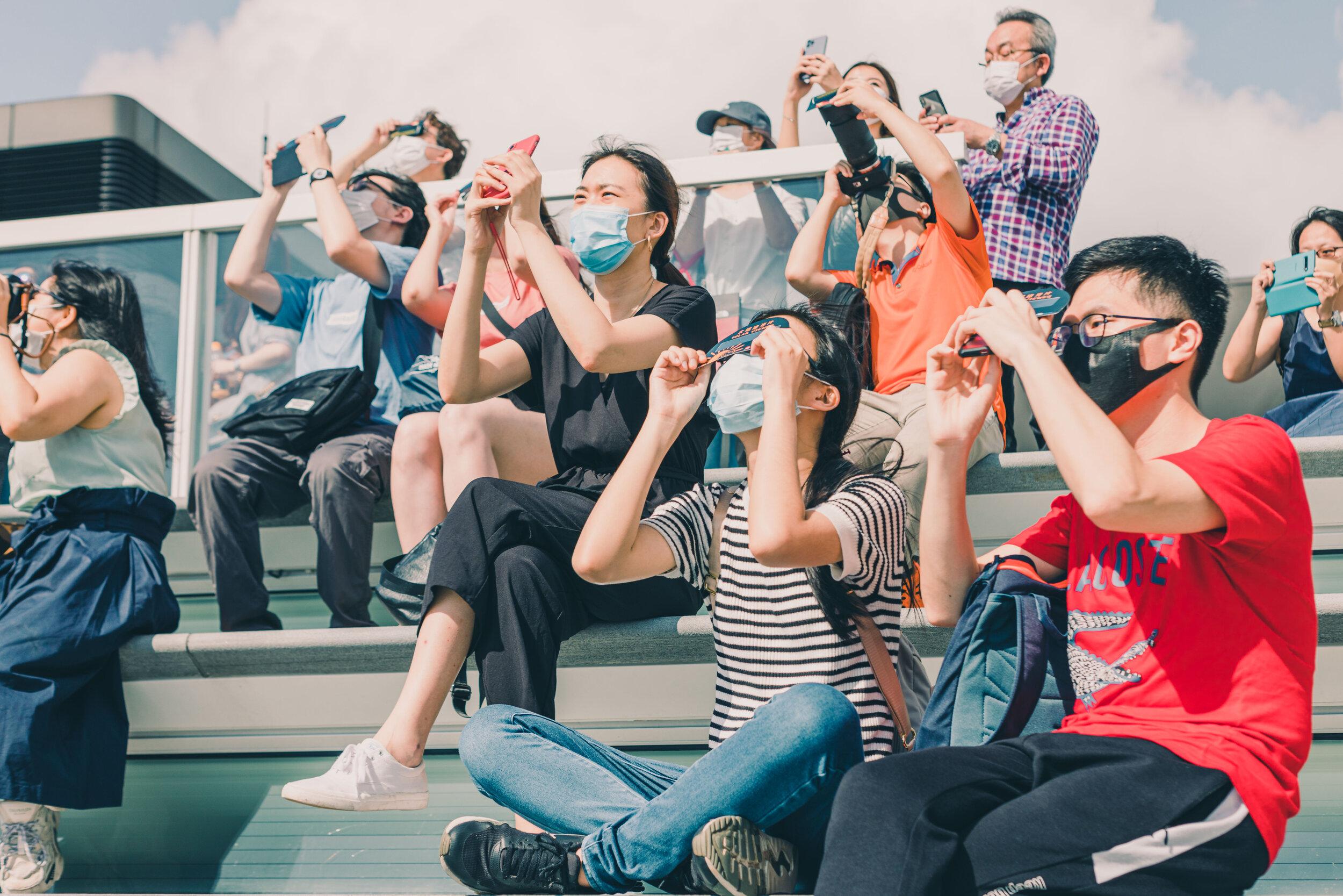 En images : ce week-end, l'anneau de feu de l'éclipse solaire a subjugué la Toile
