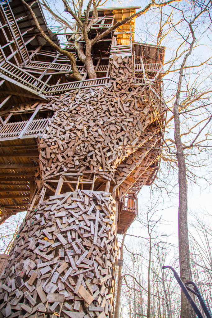 Picture of: The Largest Abandoned Treehouse In The World The Minister S Treehouse Mr Mrs Adventure