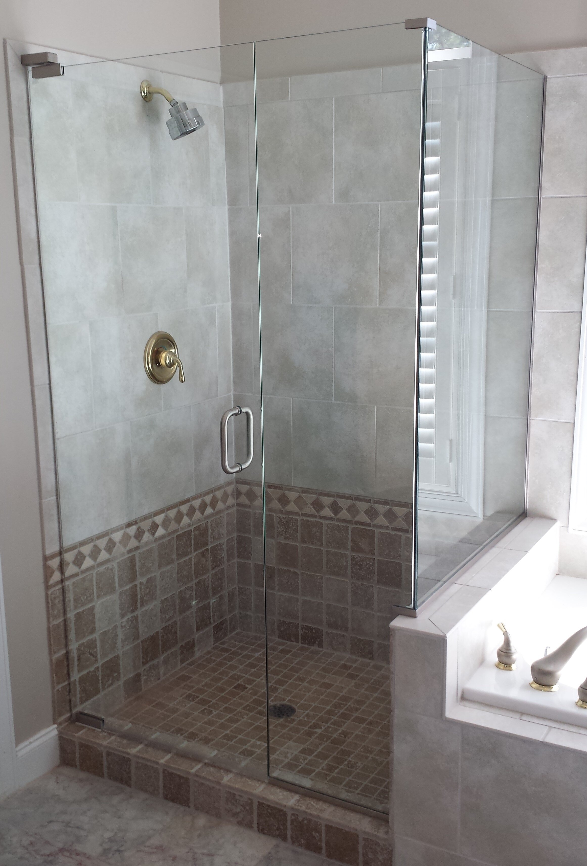Shower Doors — D & D Glass Co. Inc.