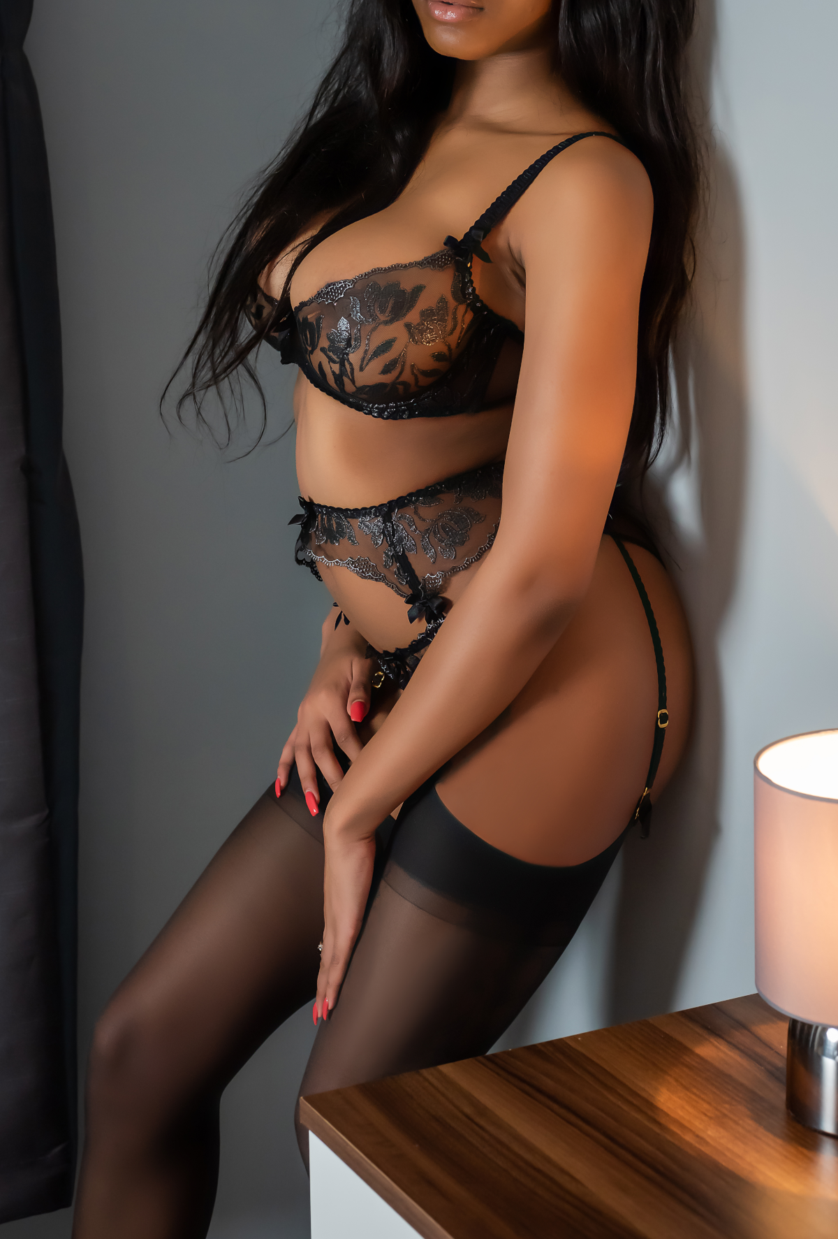 Assume the Position.  - IncallsOne Hour  £180.00Two Hours  £330.00Four Hours  £630.00OutcallsOne Hour  £250.00Two Hours  £430.00Four Hours  £790.00Overnight  £1500.00Please note that engagements lasting longer than three hours should include an event, drinks and/or dinner. This can be done indoors if you prefer discretion.Escape with me.I am always passport ready and able to travel to you wherever you are, If you'd like to fly me out, please get in touch so that we can discuss.