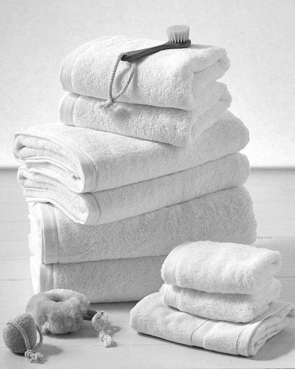 Blanche-Rose-Towels-01.jpg