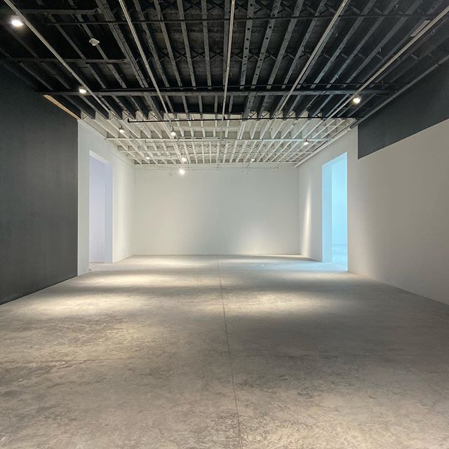 Construction sneak peak... The Faurschou Foundation is expanding its global footprint with a new space in Brooklyn, NY designed by #studioMDA  The 12,000 SF building is a renovation of an existing warehouse and features three distinct column-free exhibition spaces with ceilings up to 23 ft.  Stay tuned... #faurschoufoundation