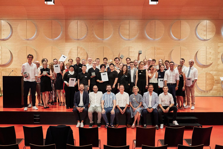 Alle Gewinner auf der Bühne des Stuttgarter Hospitalhof © Philip Kottlorz