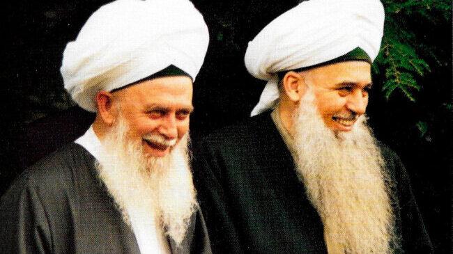 Sheikh Nazim al Haqqani and his son Sheikh Kabbani, Chairman of the Naqshbandi Haqqani Sufi Order of America