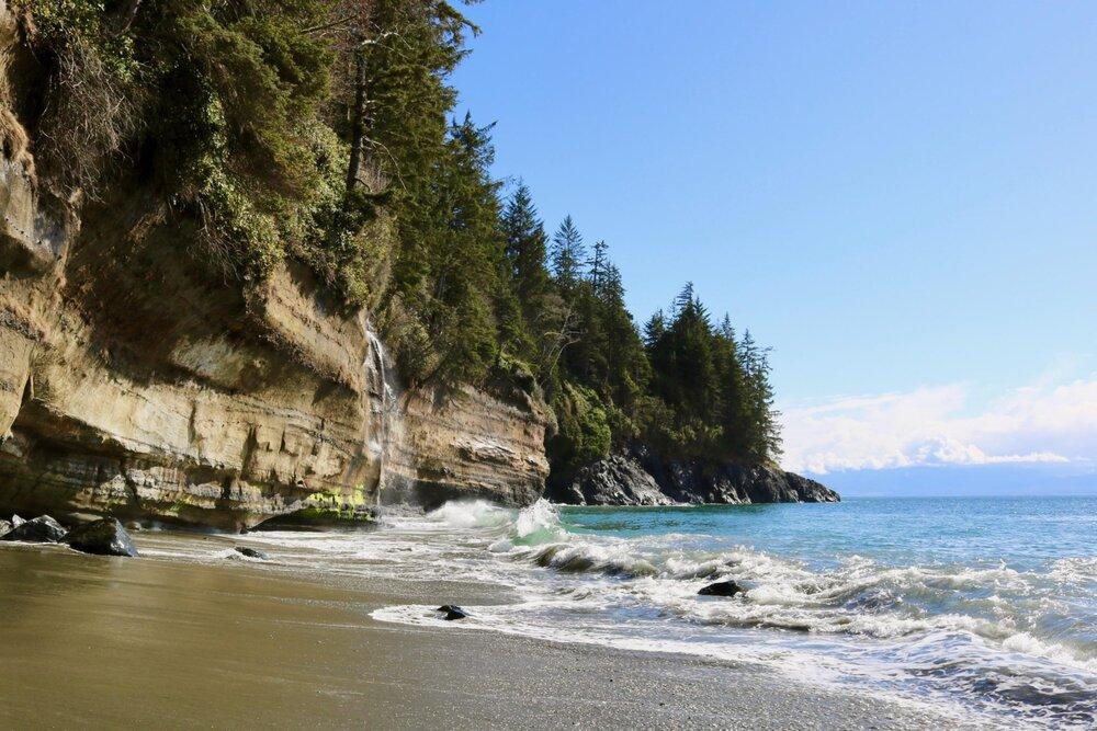 mystic-beach-featured.jpg