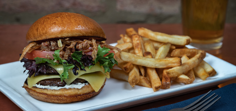 2020-3-7 Kettlestrings Burger2.jpg