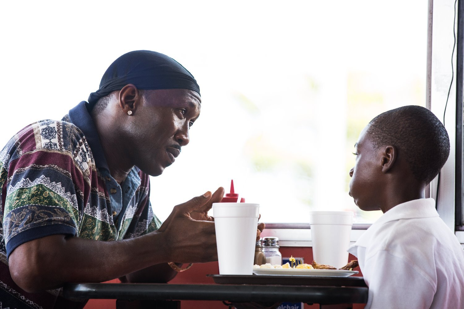 Moonlight exudes power and soul in equal measure. It is dark & brooding but also heartwarming and tender, not to mention heart-breaking! In 3 distinct chapters or acts, Moonlight traces the life of Chiron through all its painful & distinguishing manifestations. Whilst evidently much more than a gay-awakening film, this central theme allows for the exploration into the vulnerability of being. A magnetic story told with mesmerisingly inspired cinematography. Moonlight = cinematic poetry that we looooove!
