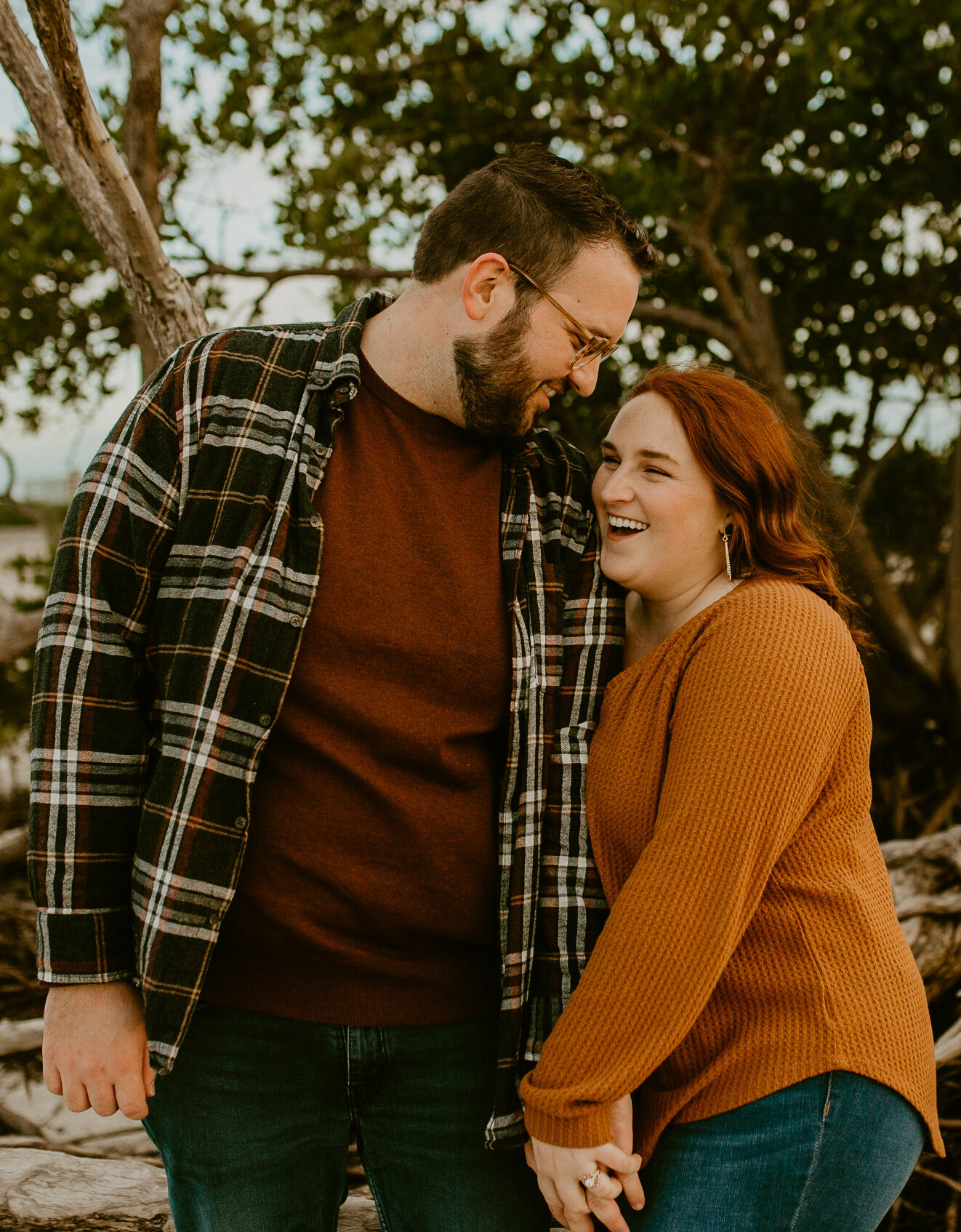 Tampa-winter-couples-session-heyitsthelopezesphotography-2