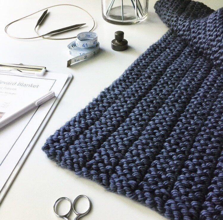 Free Blanket Knitting Pattern For Super Bulky Yarn The Boulevard