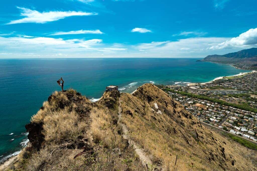 OAHU ELOPEMENT LOCATIONS hike mountain pillbox