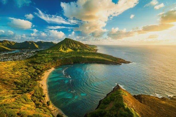 Oahu Hawaii Elopement Hike