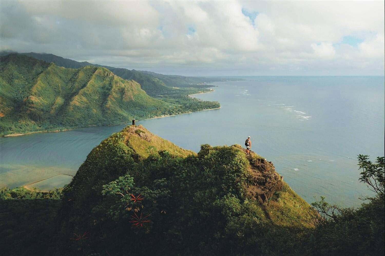 Oahu+Hawaii+Elopement+Hike+Crouching+Lion+2