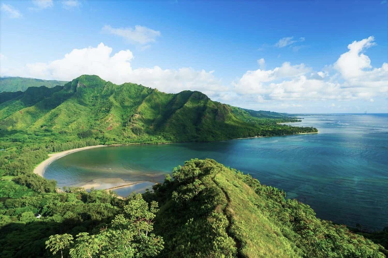 Oahu+Hawaii+Elopement+Hike+Crouching+Lion