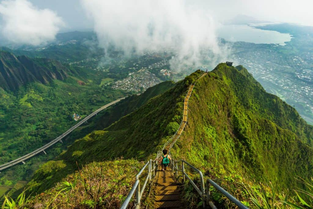 Oahu Hawaii Elopement Hike stairway to heaven 2