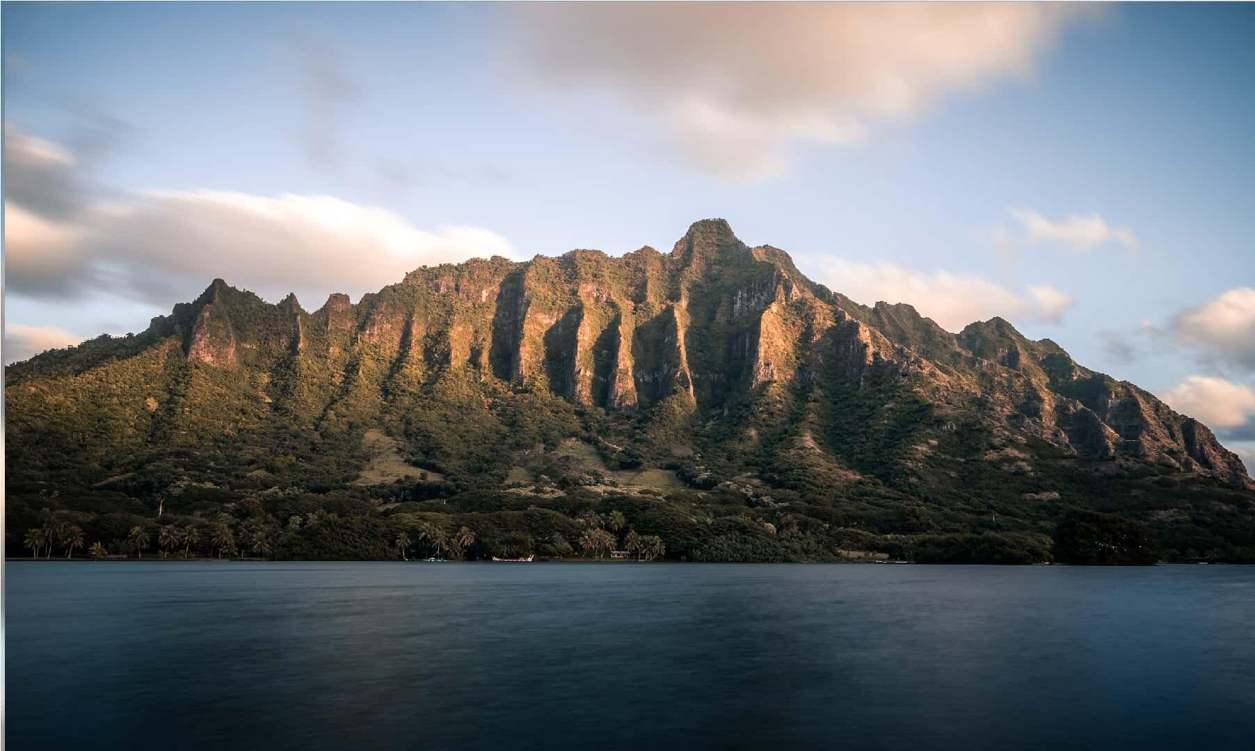 Oahu Hawaii Elopement Hike Secret Island