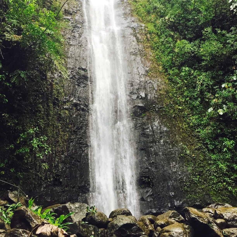 Oahu+Hawaii+Elopement+Hike+manoa+falls