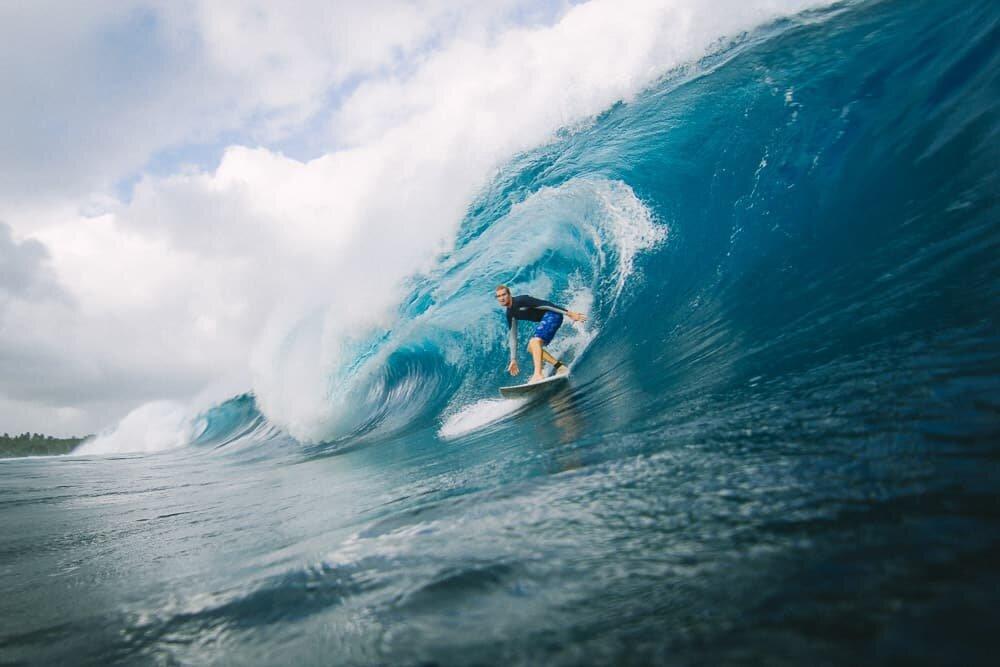 Oahu Hawaii Elopement surfing