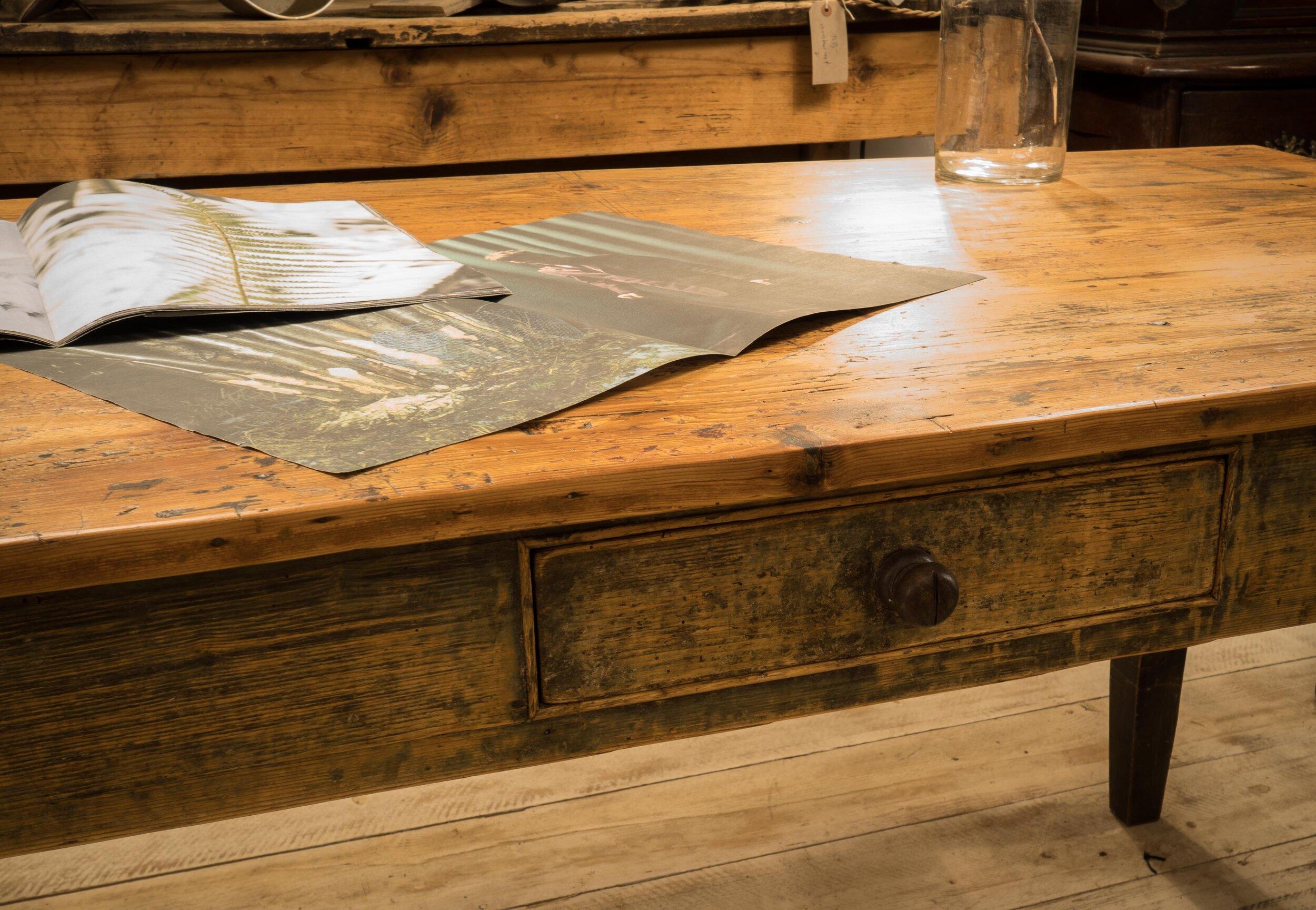 Klassischer Kuchentisch Mit Schublade Flat Six Selected Antiques