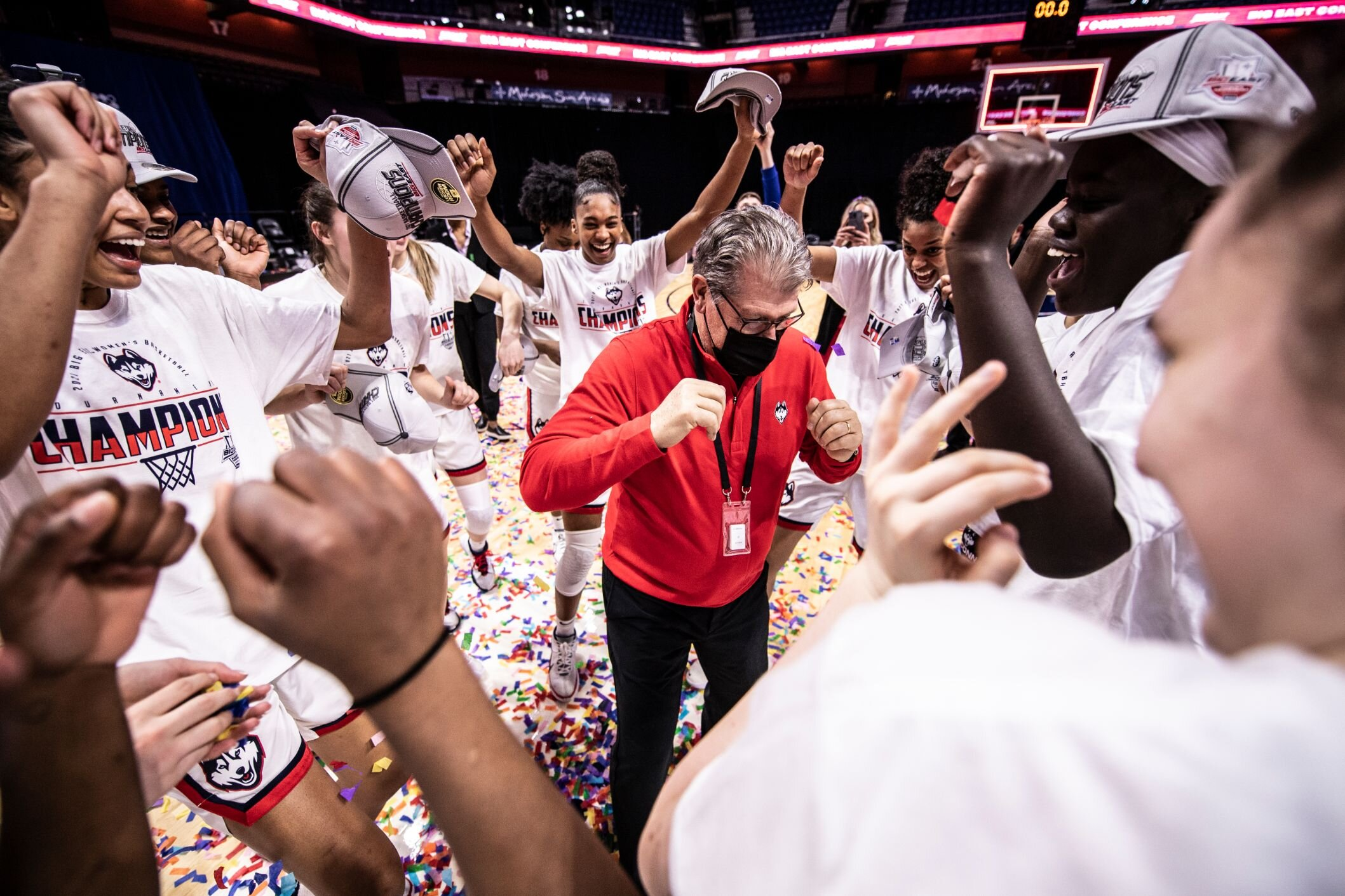 NCAA women's bracket revealed: Stanford, UConn, South Carolina and NC State land top seeds