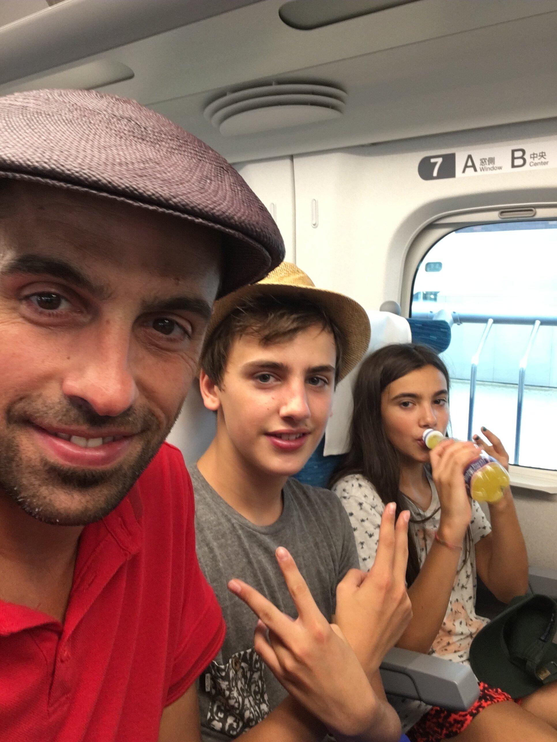 Viajar a Japón con niños : Con los chicos en el Tren