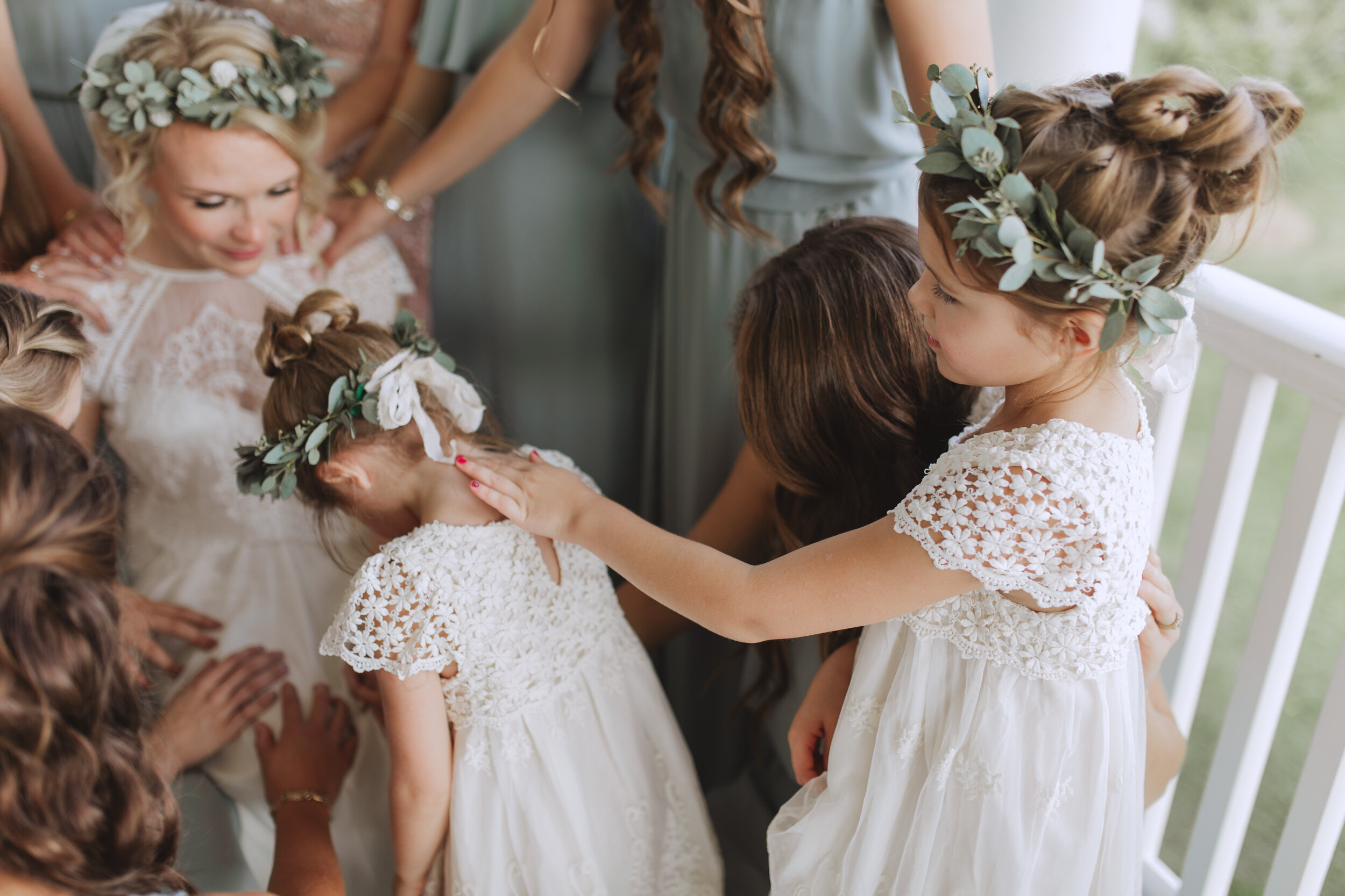Best Flower Crowns For Timeless Romantic Brides Carbon And Co