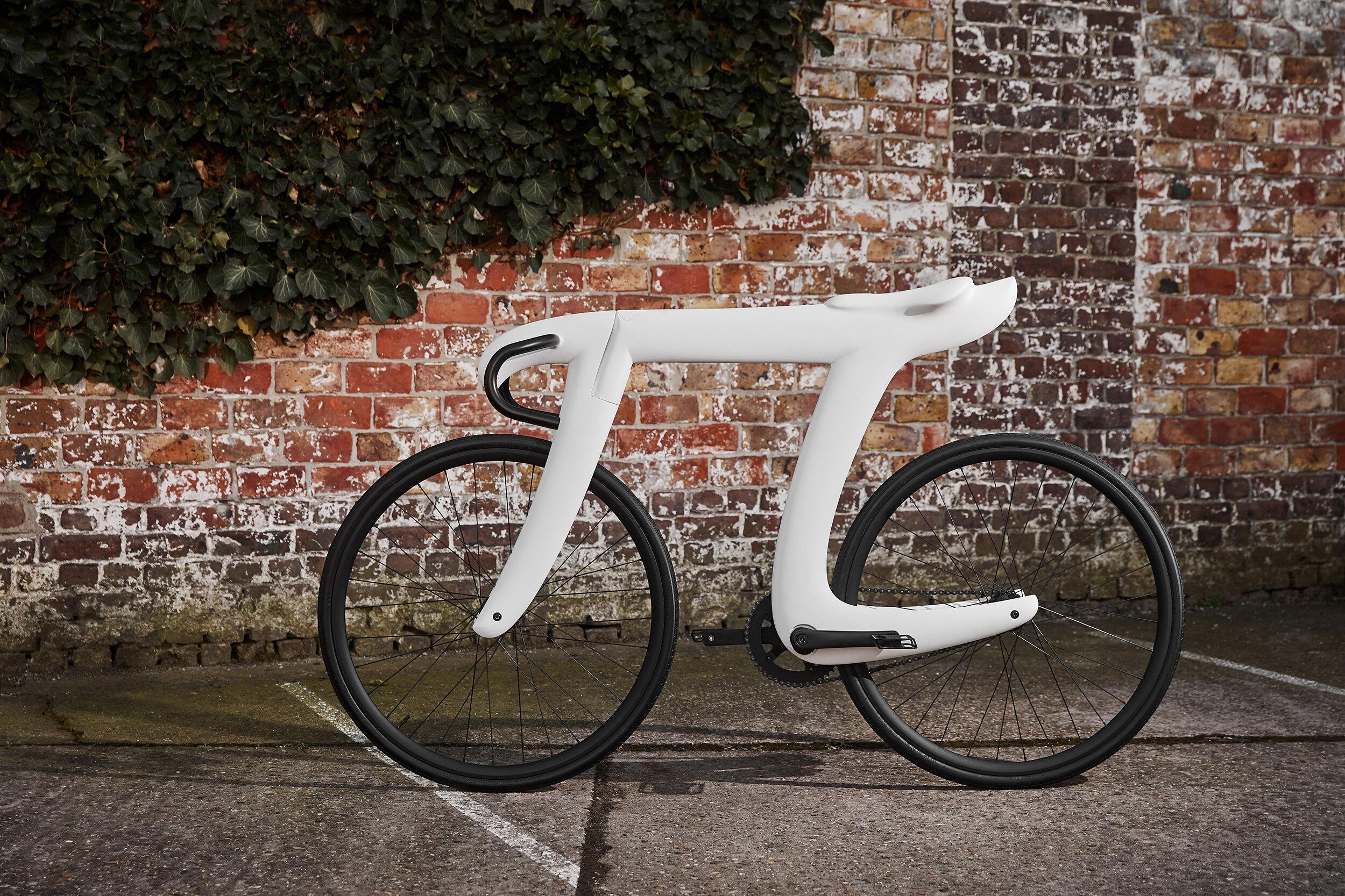 Mai multe imagini - un singur cuvant! - Pagina 24 The+Pi+Bike