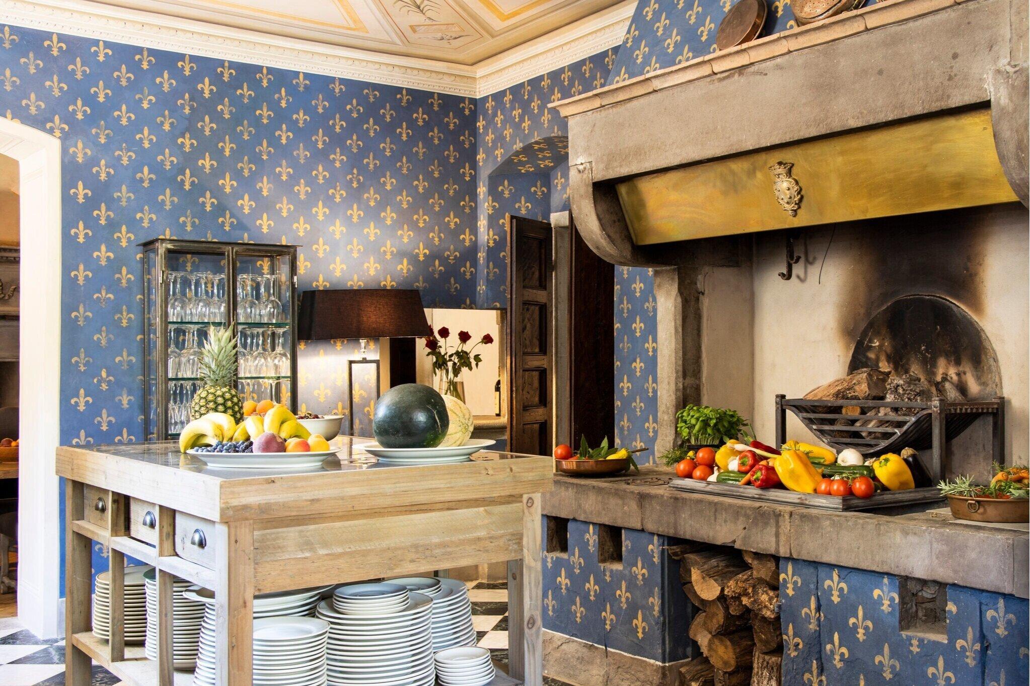 The Historic Kitchen Breakfast Bar At Villa I Busini Villa I Busini