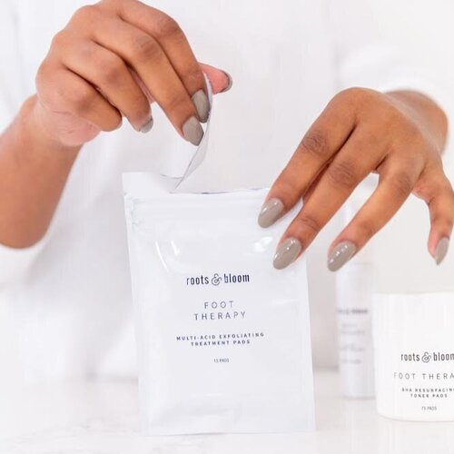 Multi-Acid Exfoliating Pads for Smooth Feet