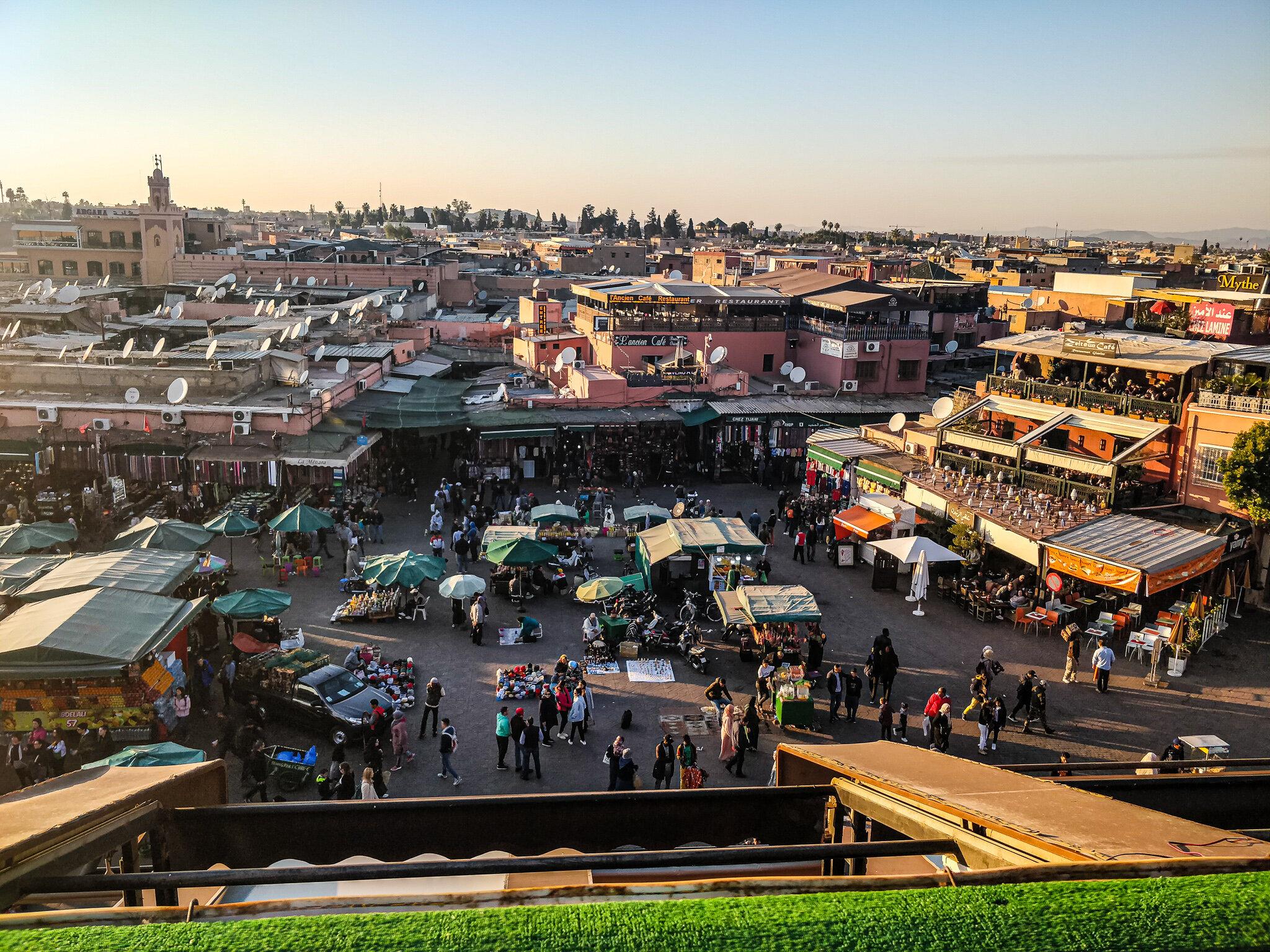 Intalnire de fata marocana