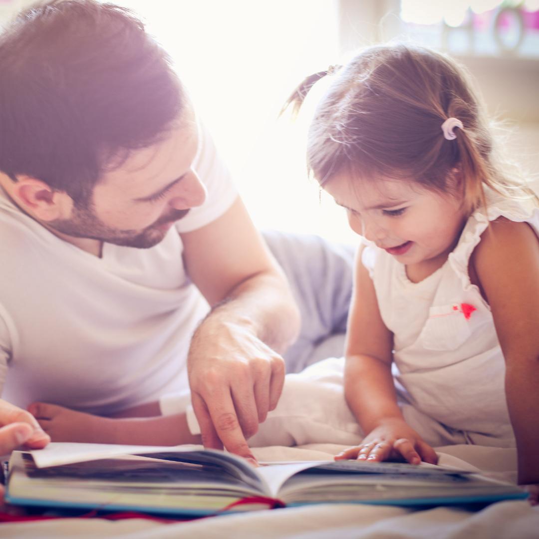 Entre ses 18 mois et ses 3 ans, un enfant apprend à comprendre 9 nouveaux mots par jour !