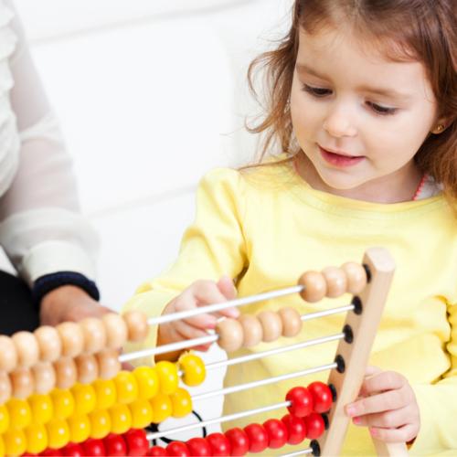 L'abacus permet de visualiser des additions, soustractions et multiplications !