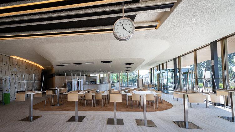 Empty cafeteria of Palais des Nations - Copyright: UN Photo - Matija Potocnik