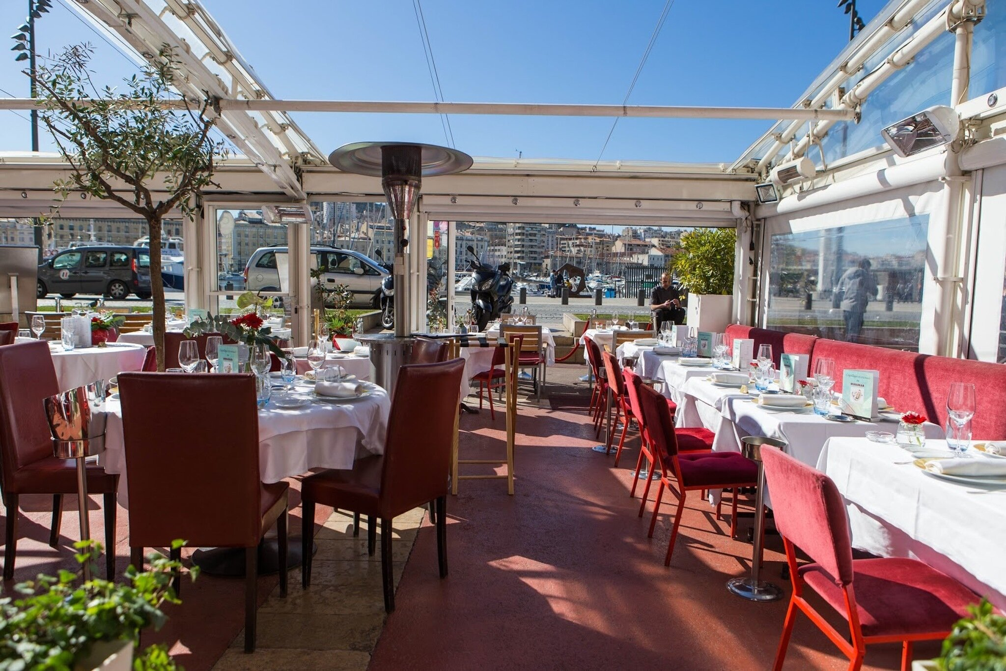 Le Miramar, a Bouillabaisse Charter Restaurant