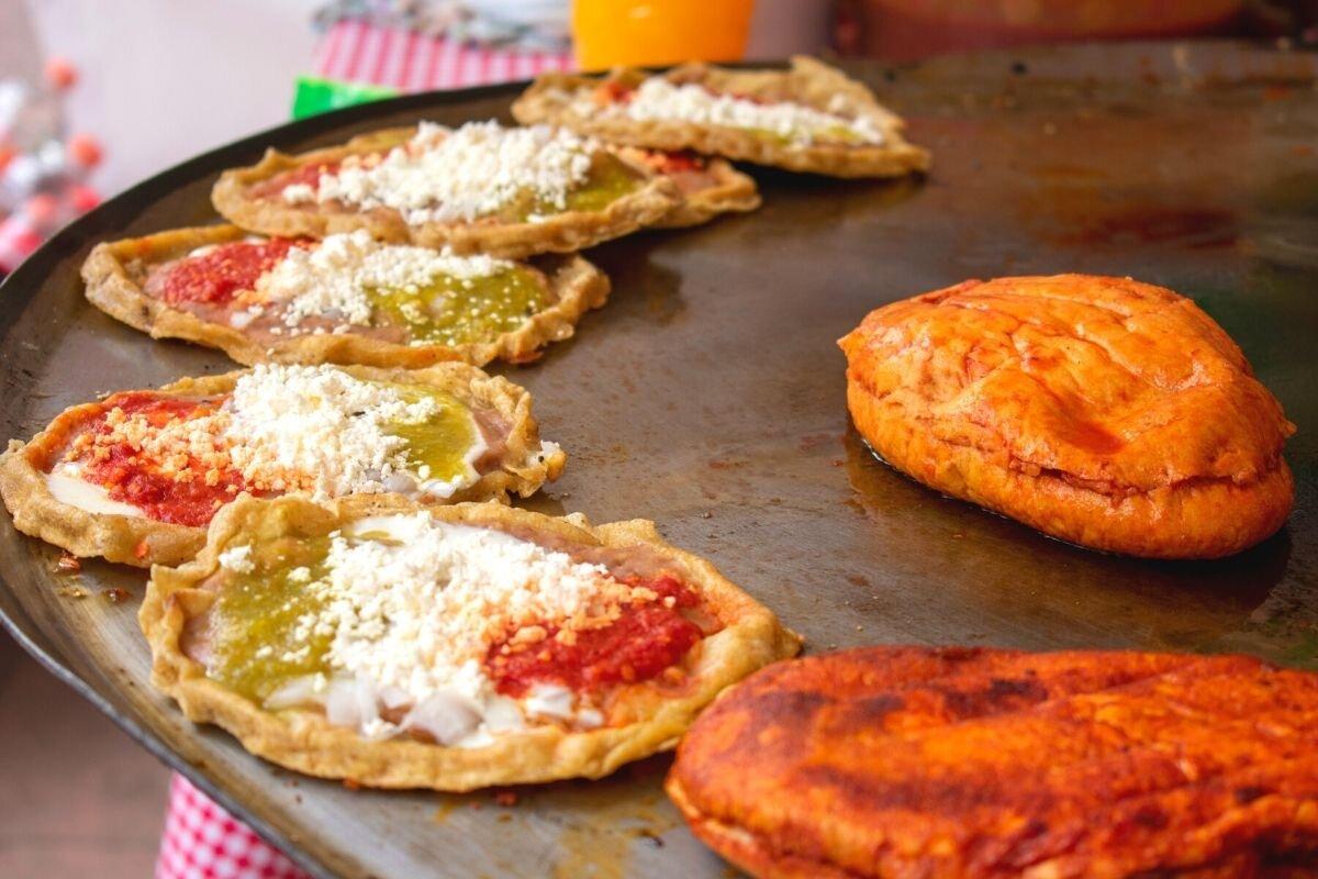 Oaxaca Street Food, Memelas.