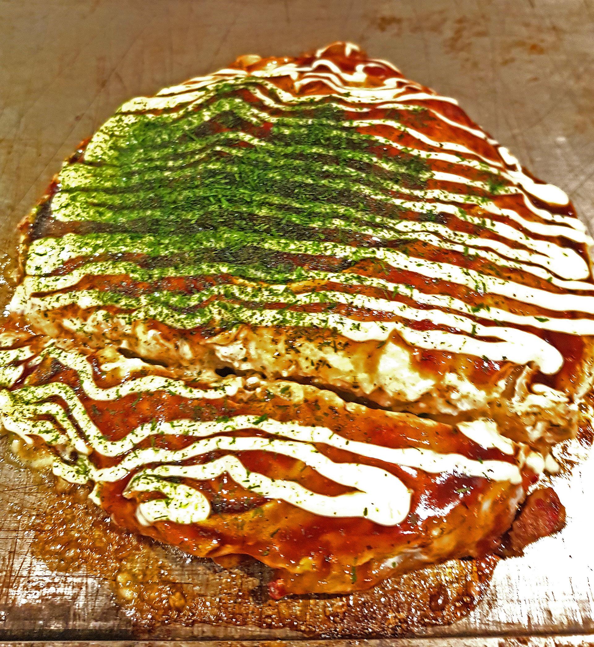 Japanese street food, Okonomiyaki.