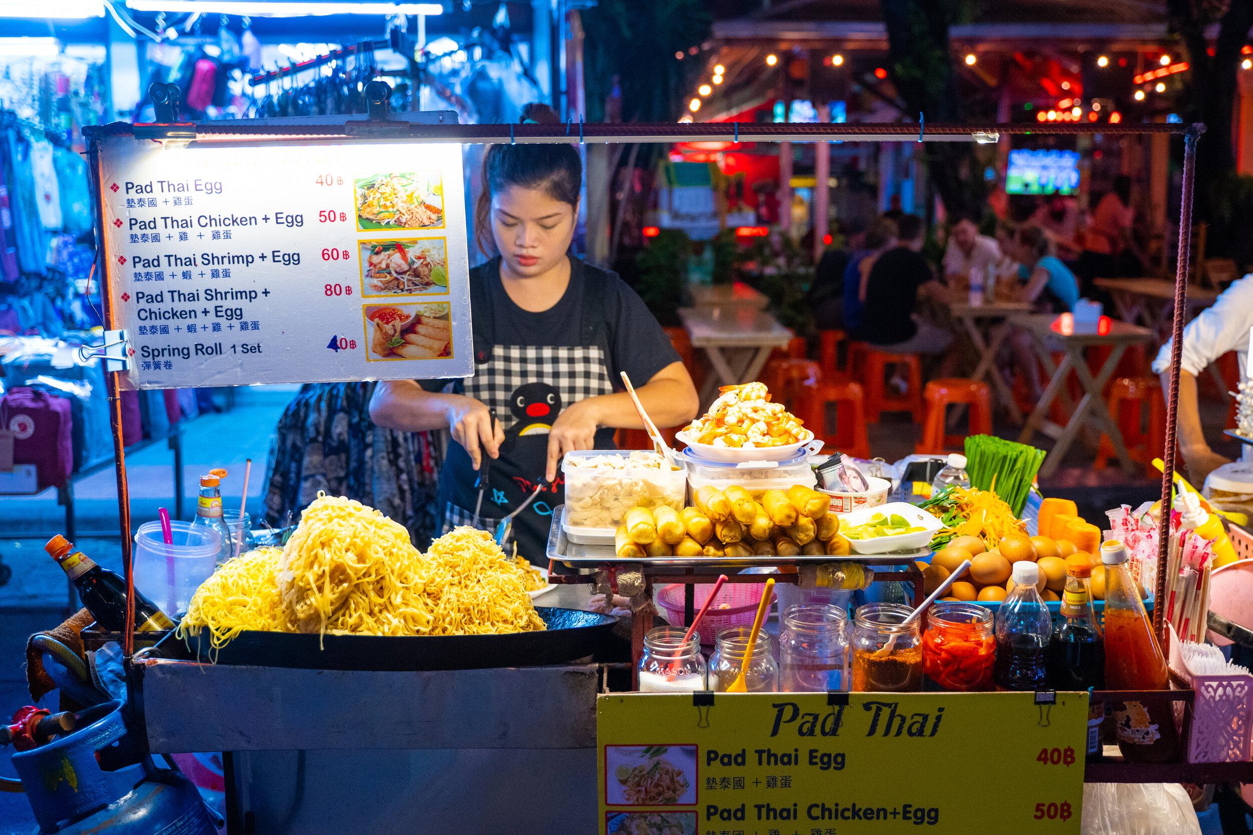 Thai street food vendor on Khao-San Road.