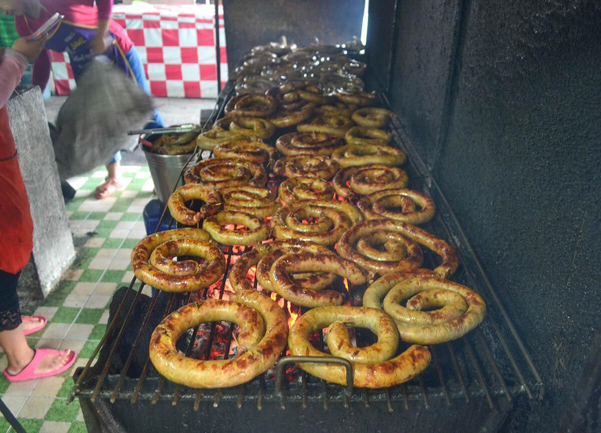 Sai Oua Sausage street food in Chiang Mai.