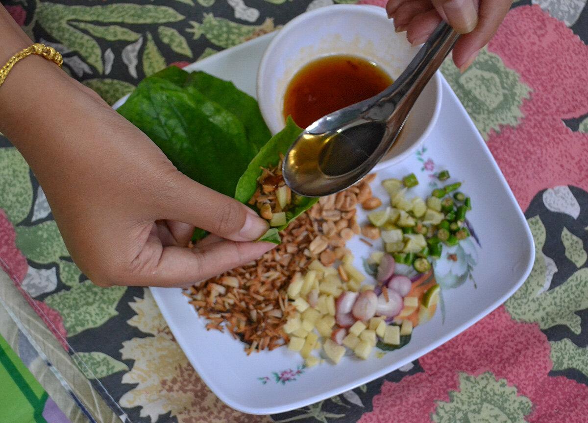 Thai street food in Chiang Mai, Miang Kham wraps.