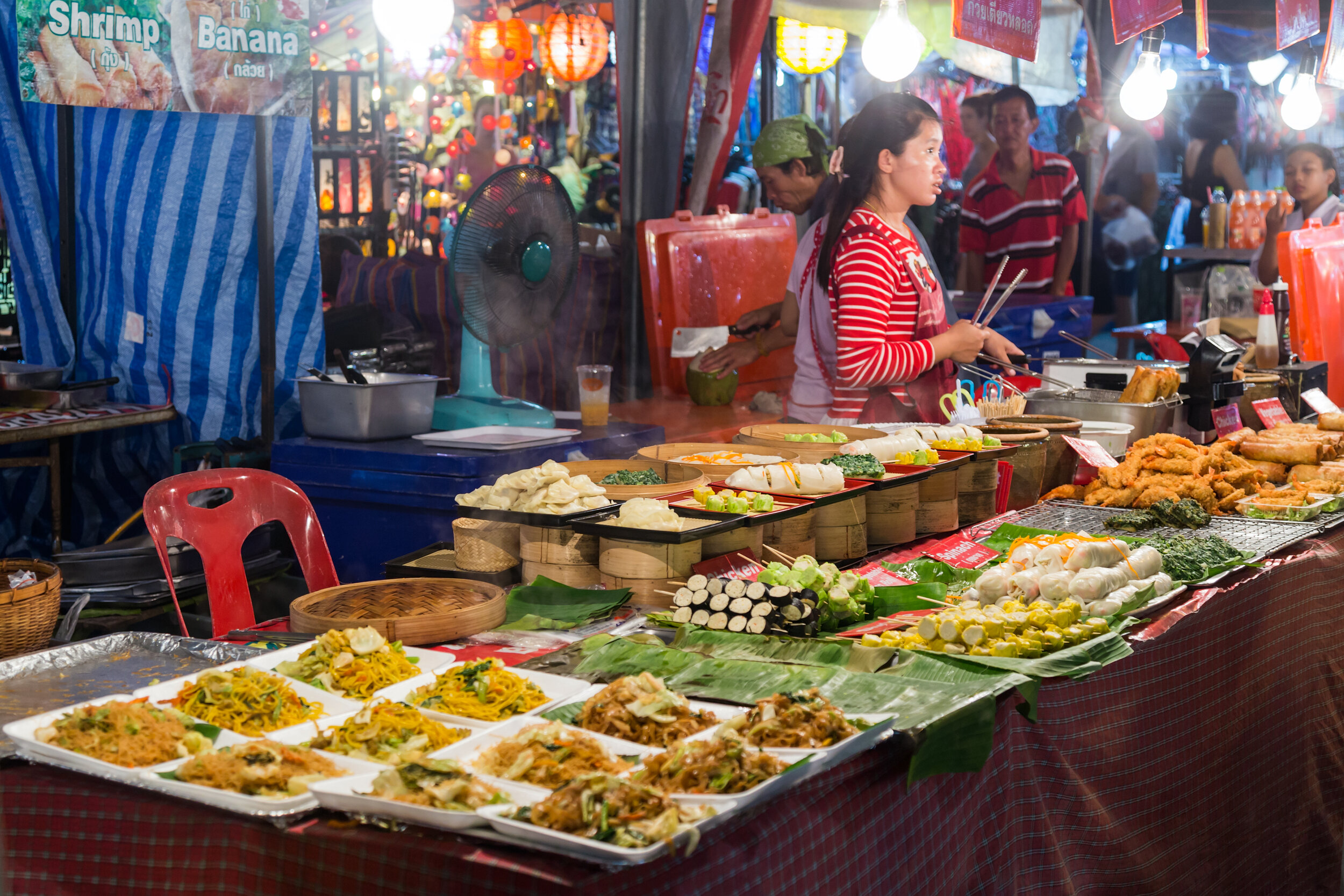 Famous Chiang Mai market, Night Bazaar Market