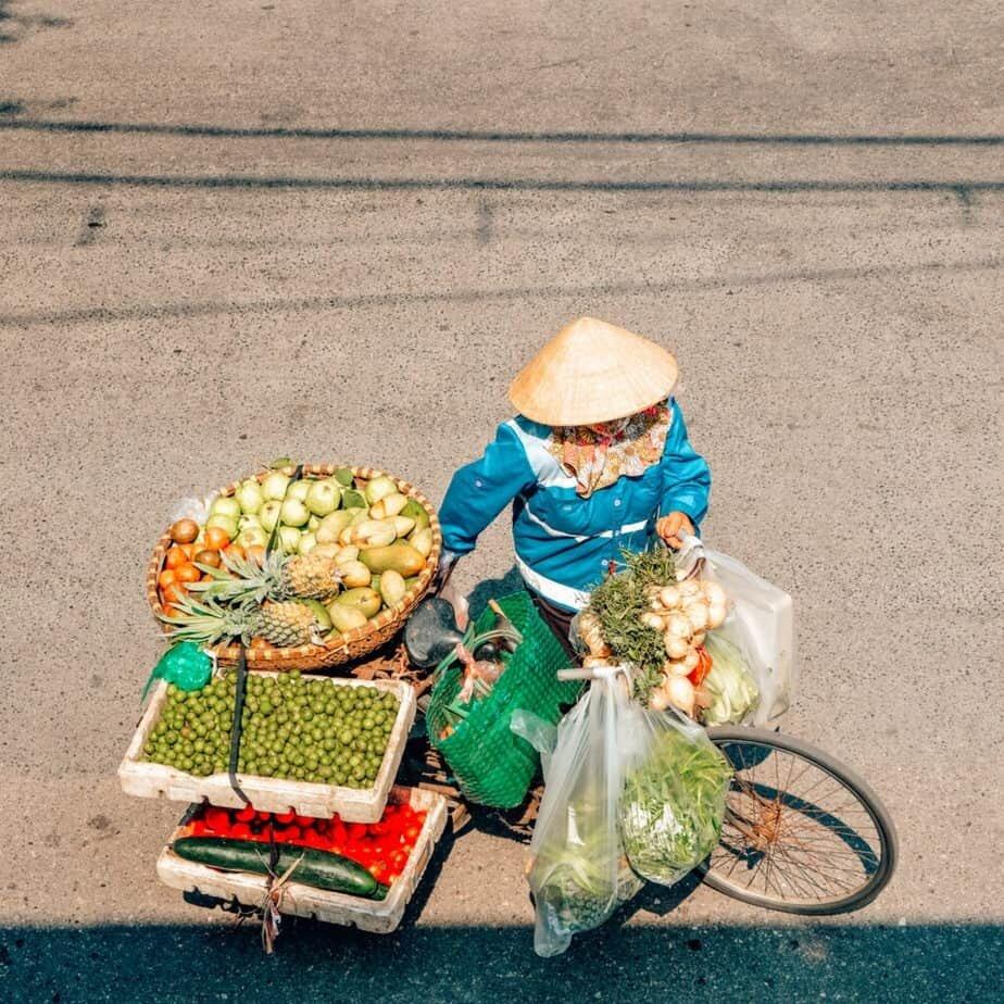 Selling food in Hanoi