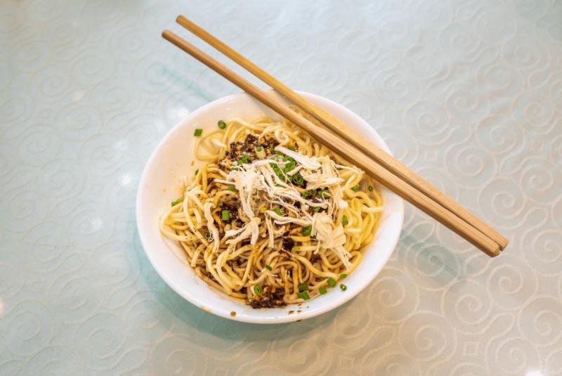 Beijingstr eet food, Liang Mian (Cold Noodles).