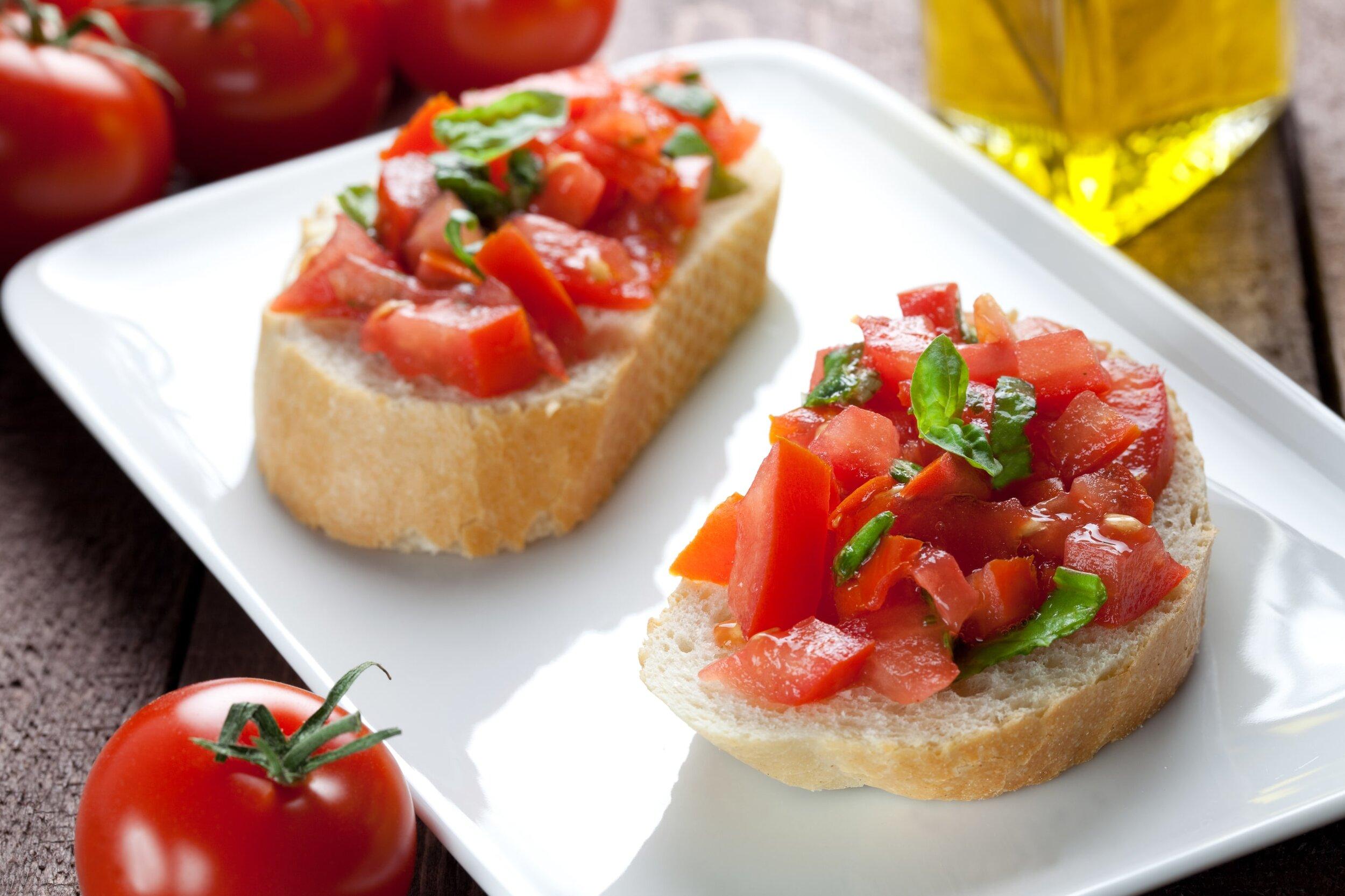 Italian vegan appetizer, Bruschetta con Pomodoro: