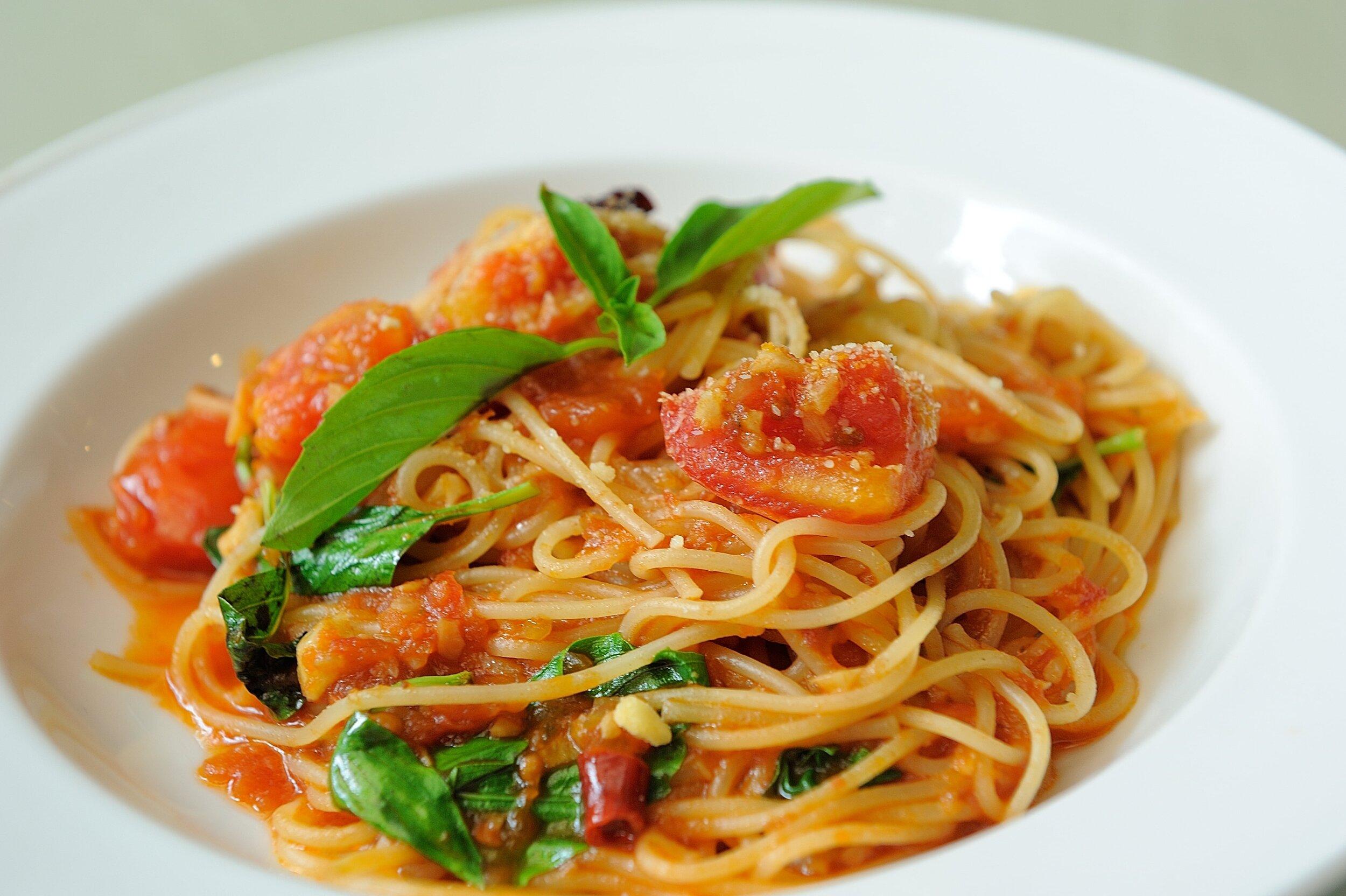 The Italian vegan pasta, Pasta al Pomodoro e Basilico
