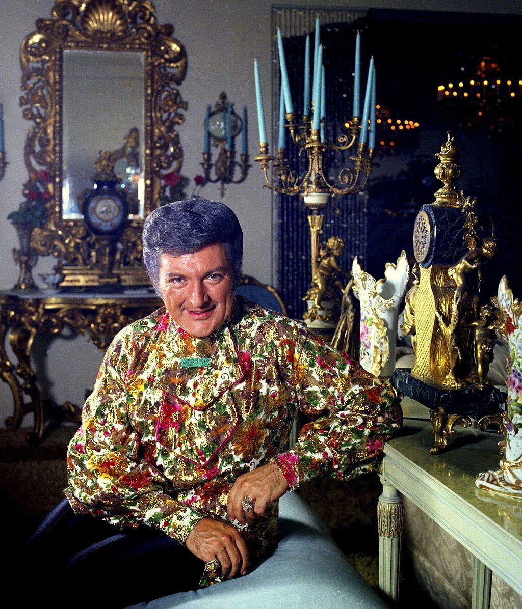Was liberace gay