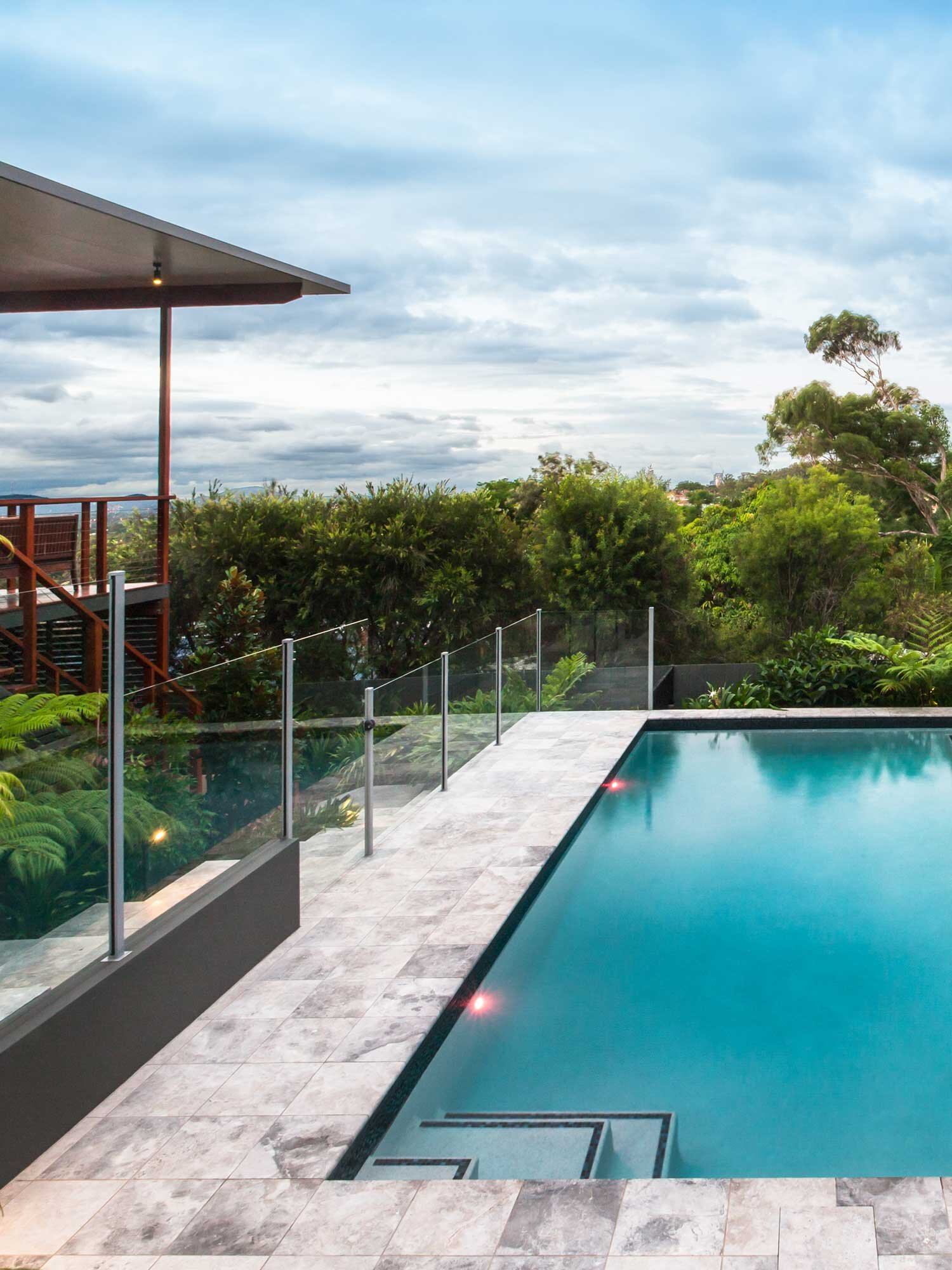 Picture of: Glass Pool Fencing Glass Outlet